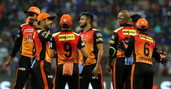 सनराइजर्स हैदराबाद के स्पिनर राशिद खान और सकीबुल हसन किसी भी मैच का रुख पलटने की क्षमता रखते हैं | फोटो : एएफपी