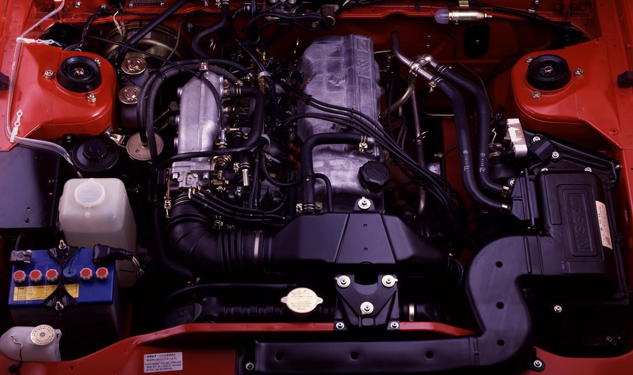 画像: 2リッターSOHCエンジン。ツインプラグ化とインジェクション採用によって、120馬力を発生していた。