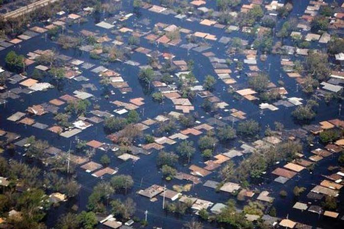 Devastation by Superstorm Katrina