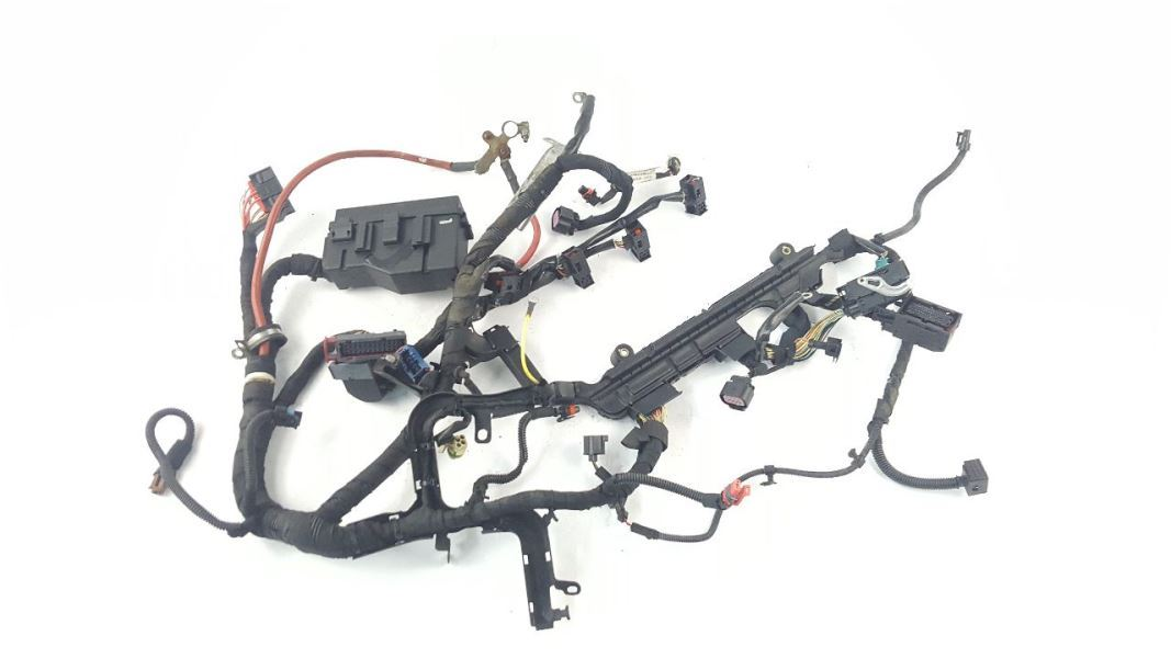 Engine Wiring Harness 2.0T One Broken Clip OEM 2009 Saab 9