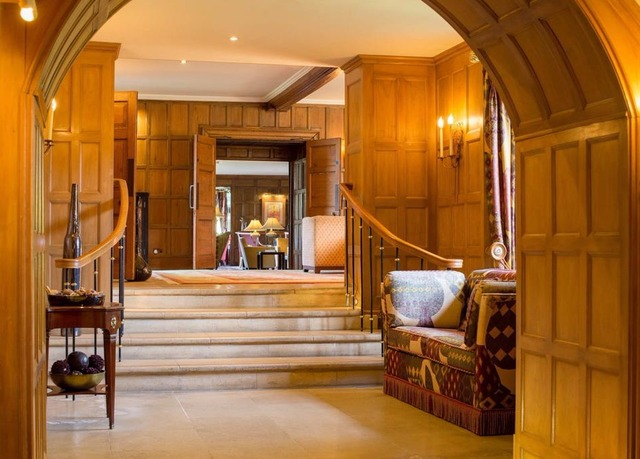 Cotswolds Country Manor House Spa Stay Save Up To 60 On Luxury Travel Telegraph Travel Hand