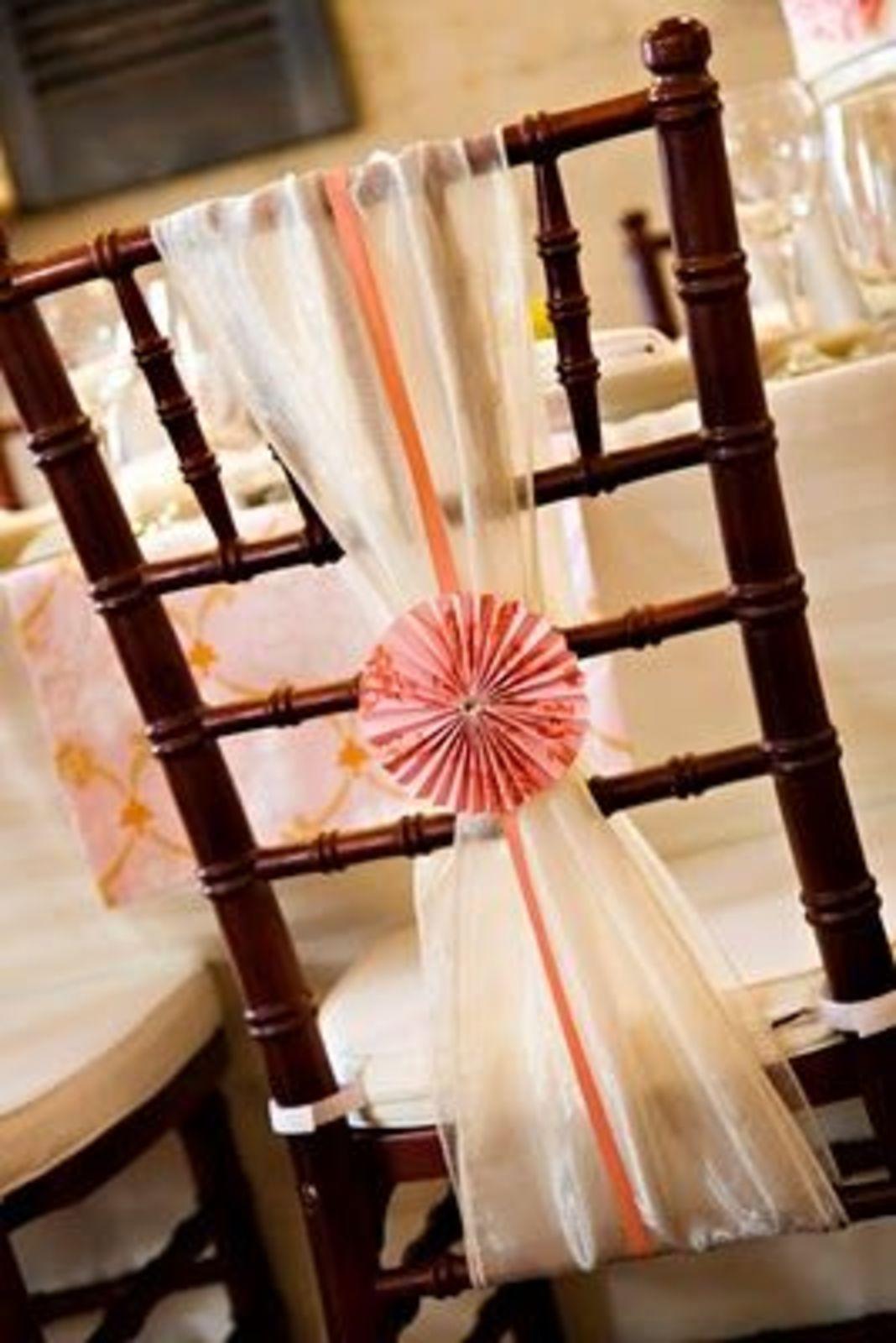 unusual chair sashes storage ottoman sound stoeldecoraties voor de grote dag  huwelijk