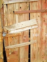 Old_wooden_door_texture
