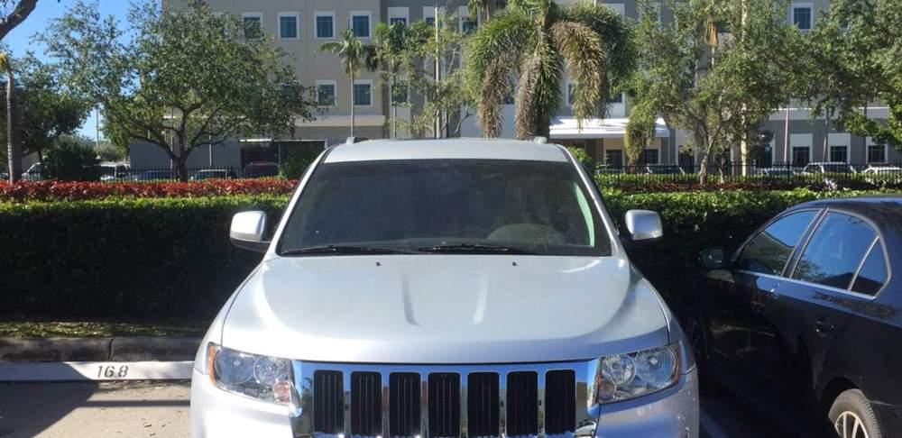medium resolution of jeep grand cheroke 2012