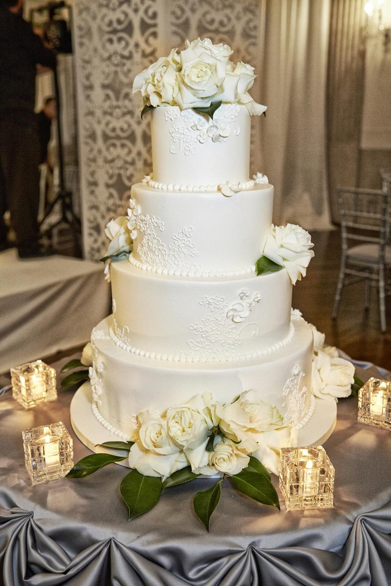 Cakes Desserts Photos All White Wedding Cake Fresh Roses