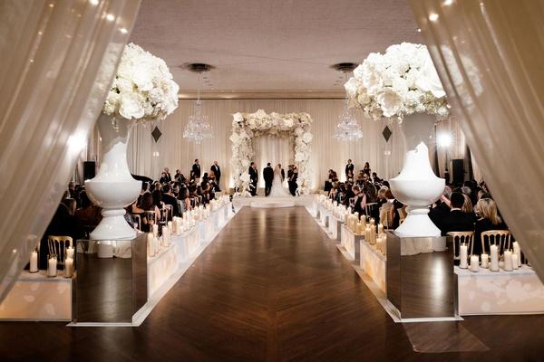 Modern + Glamorous Jewish Wedding with Unique Décor in ...