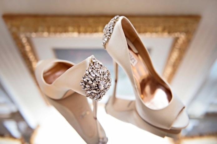 Resultado de imagen para badgley mischka shoes