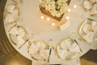 Reception Dcor Photos - Golden Wedding Place Settings ...