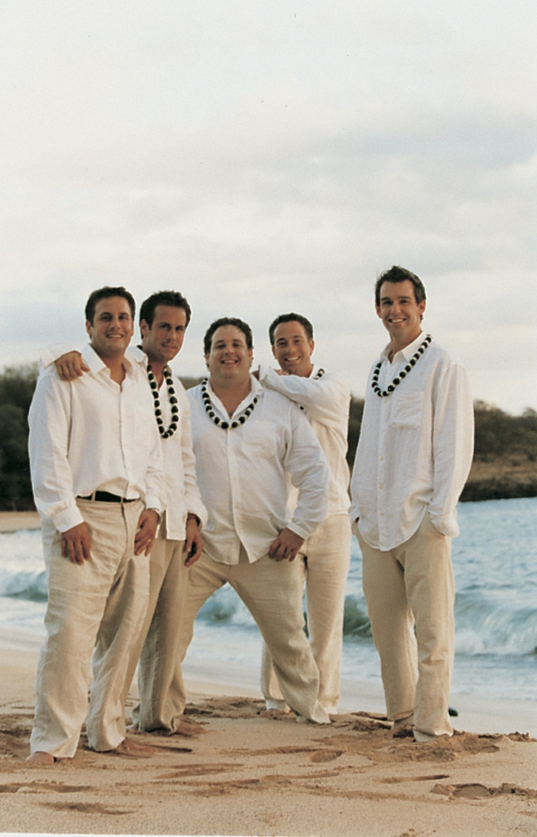Grooms  Groomsmen Photos  Casual Beach Groomsmen