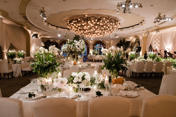 An Opulent Garden Ceremony Amp Ballroom Reception In Beverly