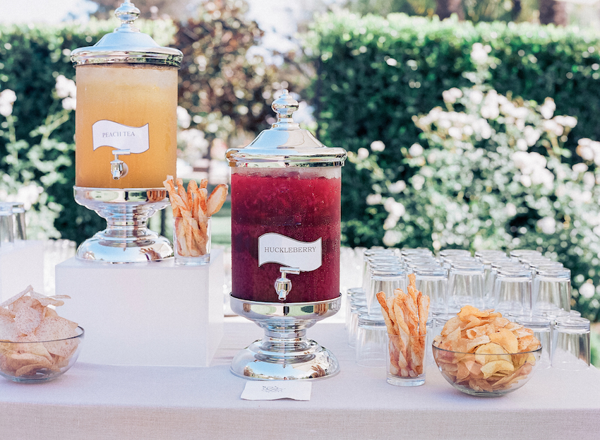 Wedding Trends: 7 Gorgeous Ideas For Drink Stations