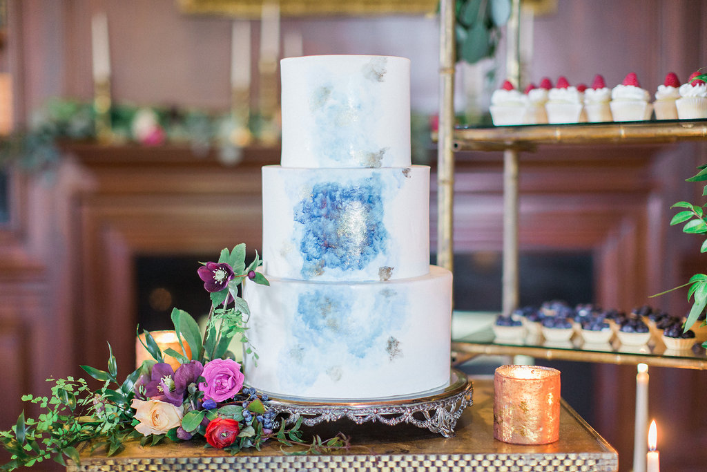 Wedding Cake Ideas Nontraditional Wedding Cake Decorations And