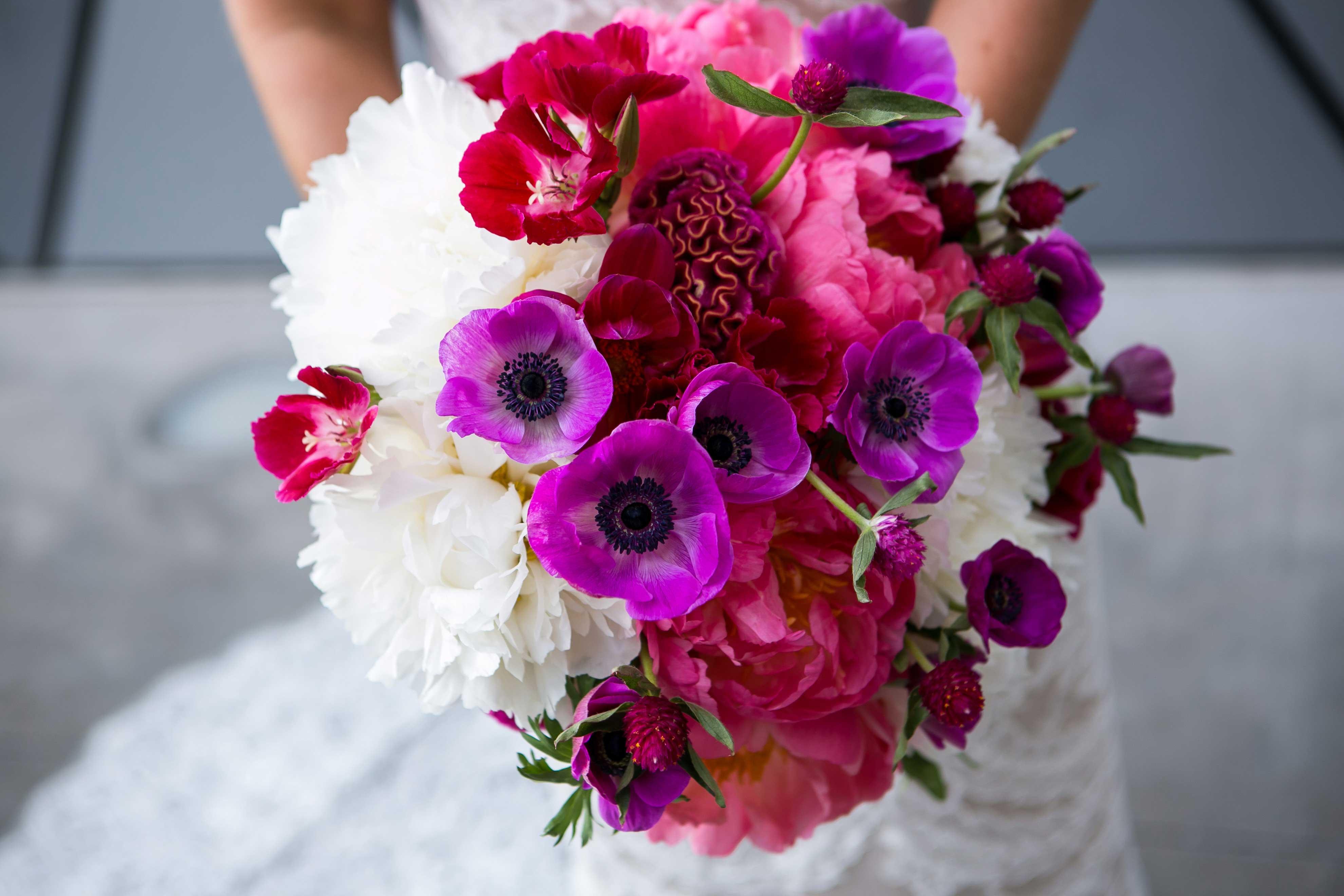 Wedding Color Palette Ideas: Dark & Moody Hues