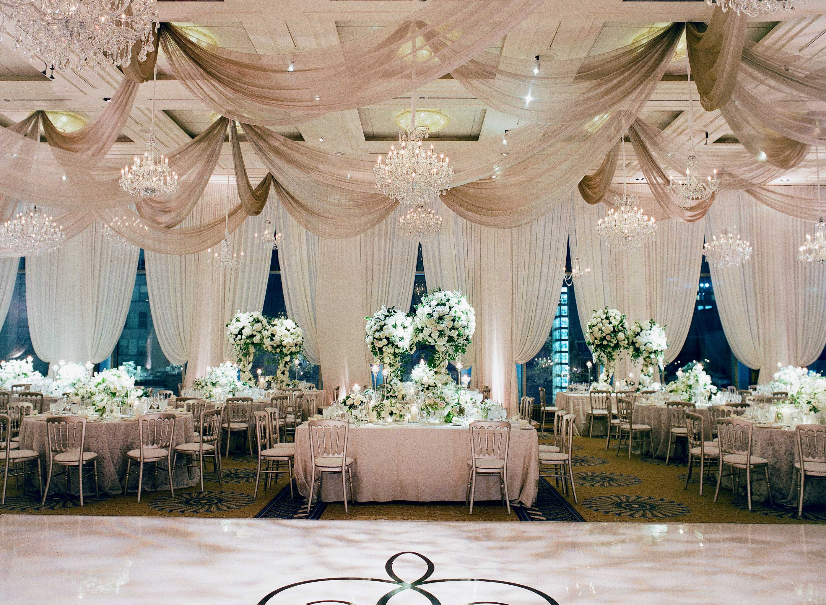 4 Festive And Chic Color Schemes For Your Spring Wedding