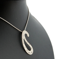 Silver_pendant_gallery