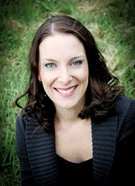 Melissa Crowe