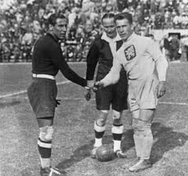 Los gobiernos y los Mundiales de fútbol
