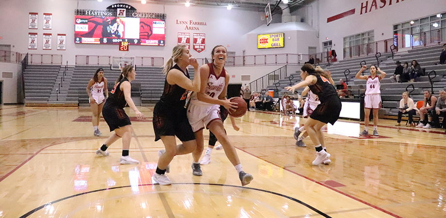 Photo for Strong Start, Finish Carries AQ Past Doane 69-57