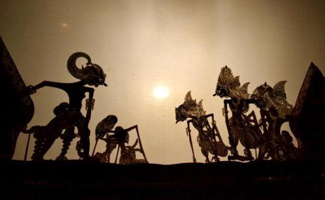 Mantra Sakti Sang Dalang Wayang Historia
