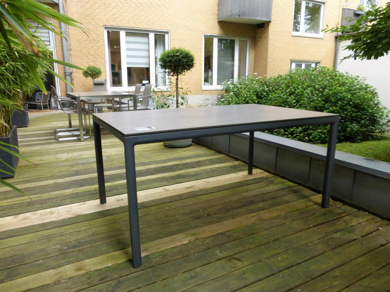 Gartentisch Soft von Solpuri  Designermbel Aachen