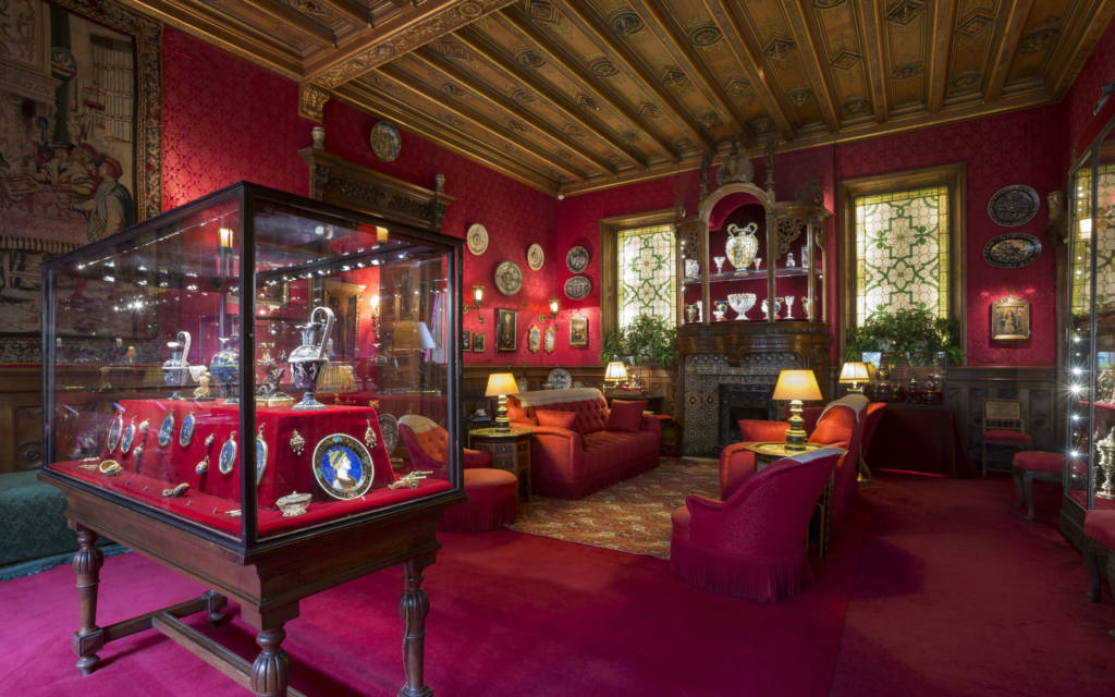 Whats Special About The Smoking Room Waddesdon Manor