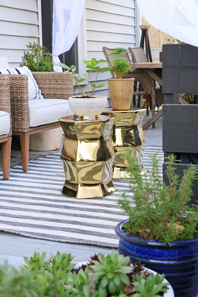 10 tips for styling outdoor spaces
