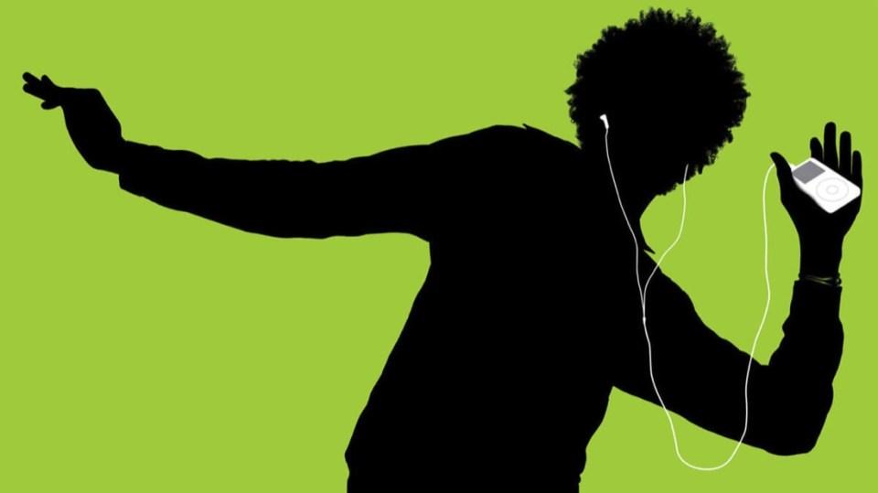 iPod Guy Dancing | Photo