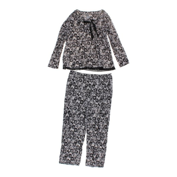 Jaclyn Smith Floral Pajamas - Online Consignment