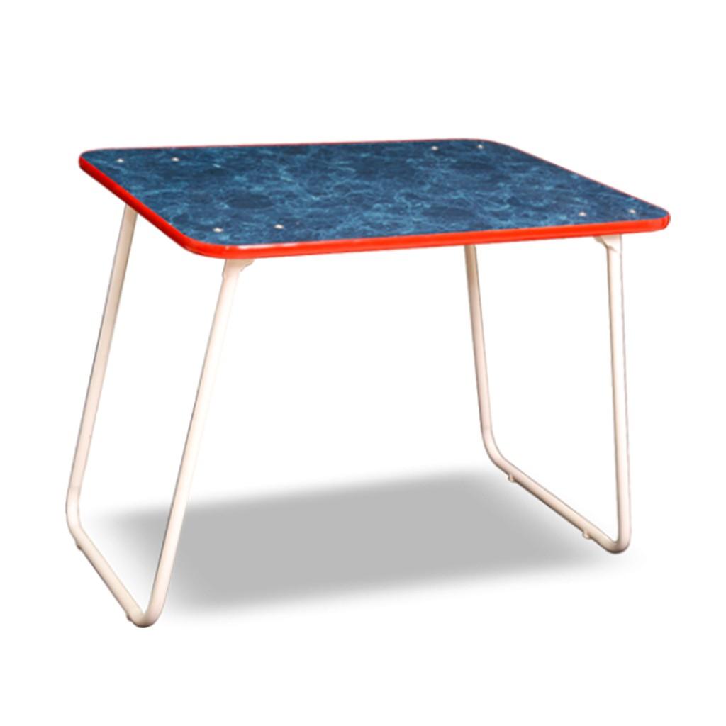 Mesa de camping plegable con tapa de madera laminada en