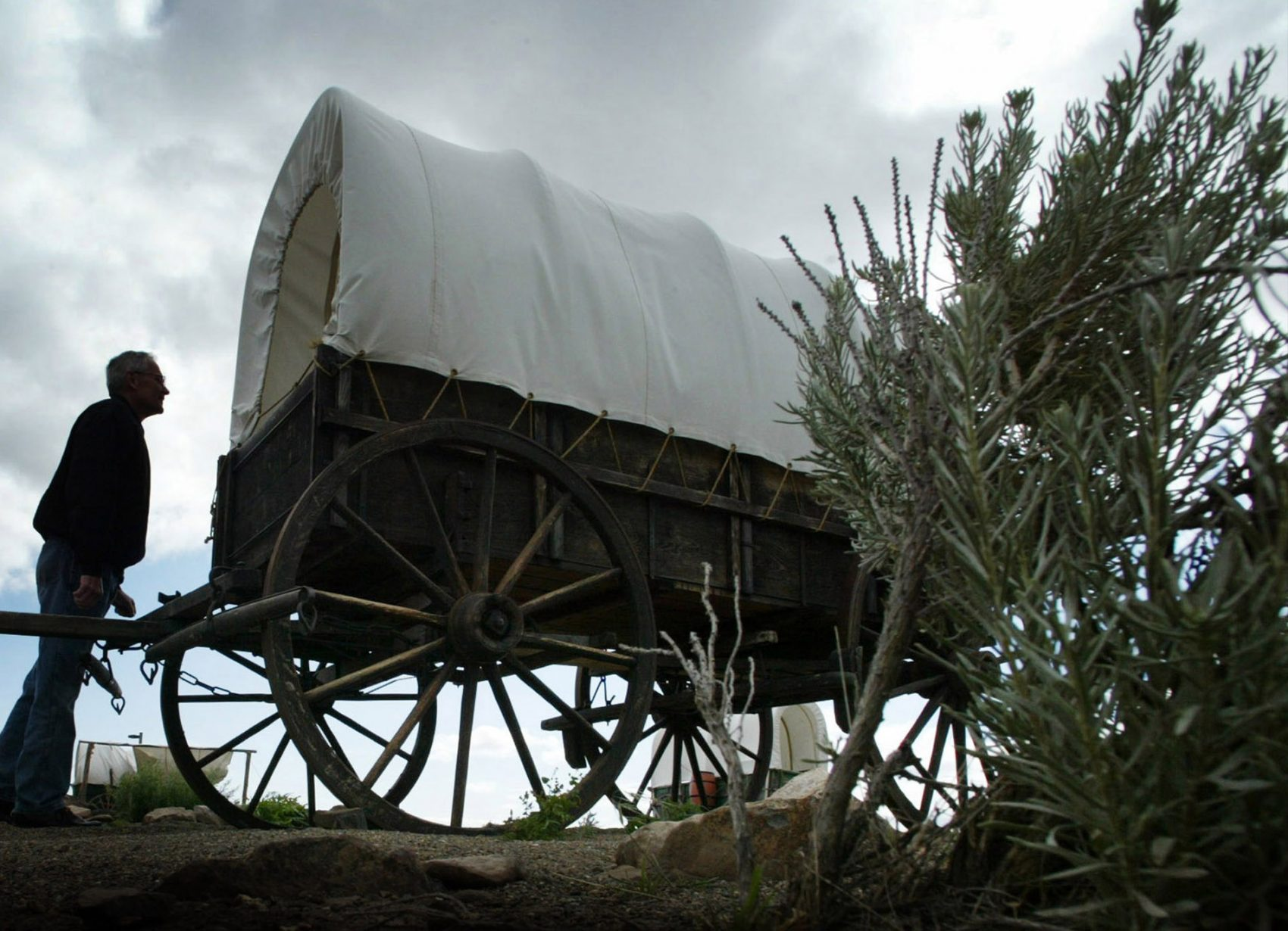 Over A Century Later Oregon Trail Sees New Travelers Take