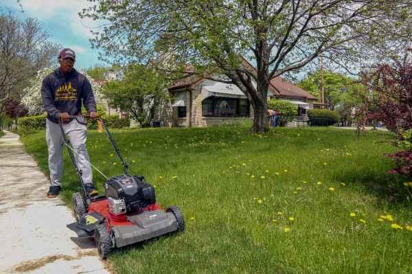 man mission mow