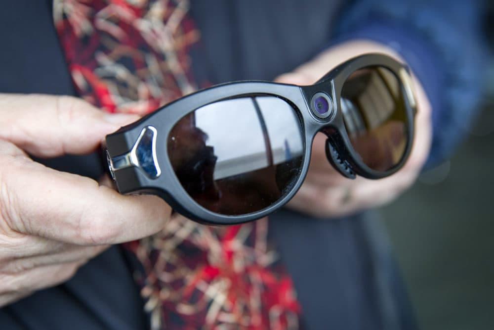 Smart Glasses Apps Talking Appliances: How Tech For ...