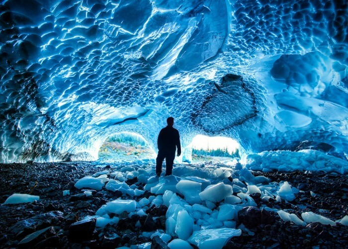 Adventurous ice caves in Alaska