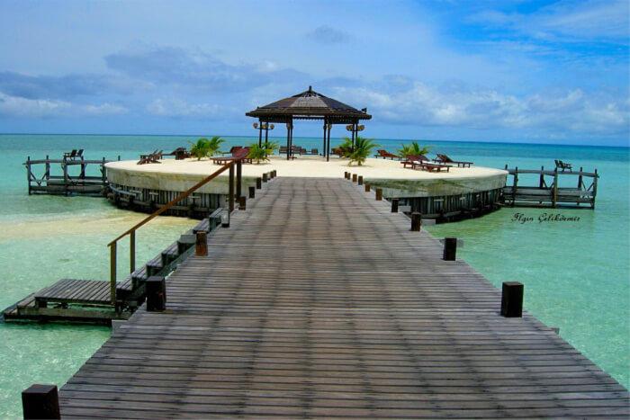 Sipadan Island: A Guide To Malaysia's Diving Paradise!