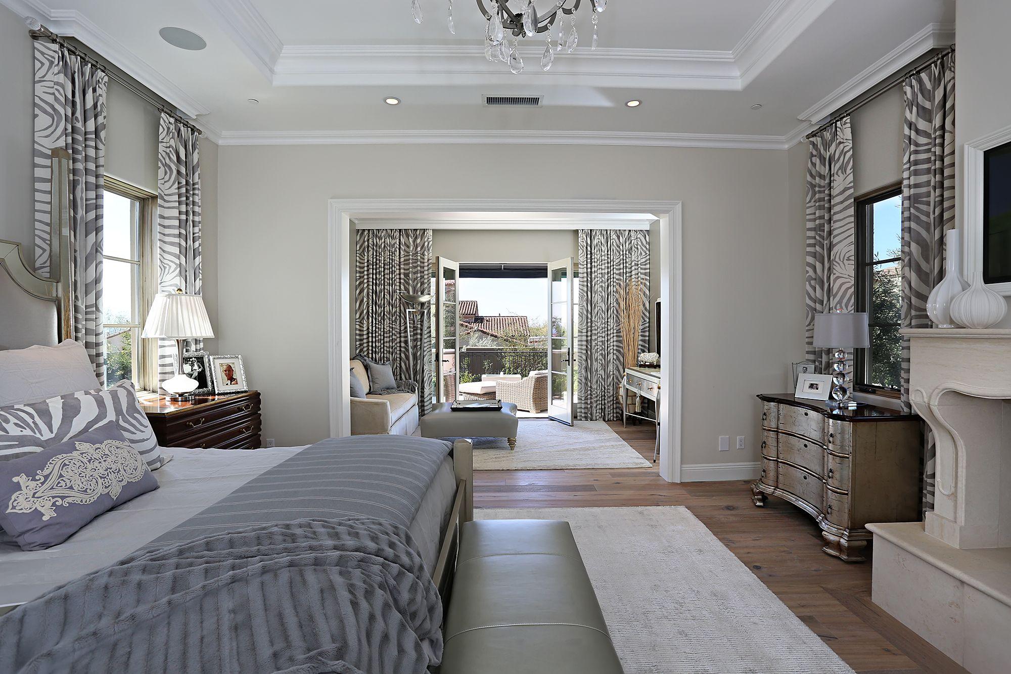Salcito Custom Homes   Luxe Interiors + Design