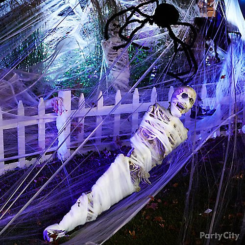 12 Best Outdoor Halloween Decoration Ideas For 2019 Party City