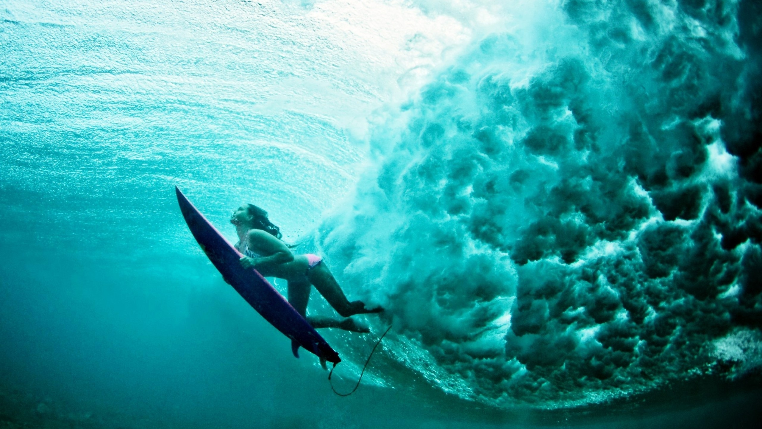 Surfer Girl Wallpaper Photos Underwater View Of The Wave Wallpaper Sports Faxo