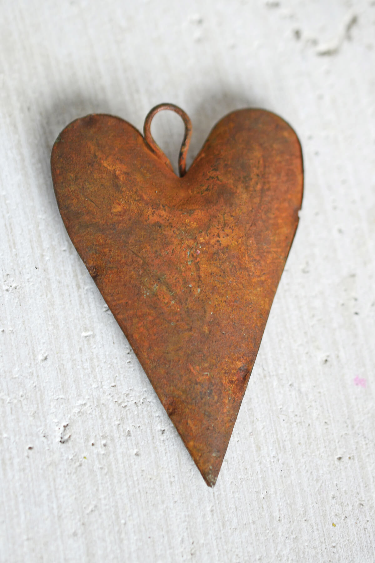 12 Rustic Tin Rusty Puffy Heart 2in