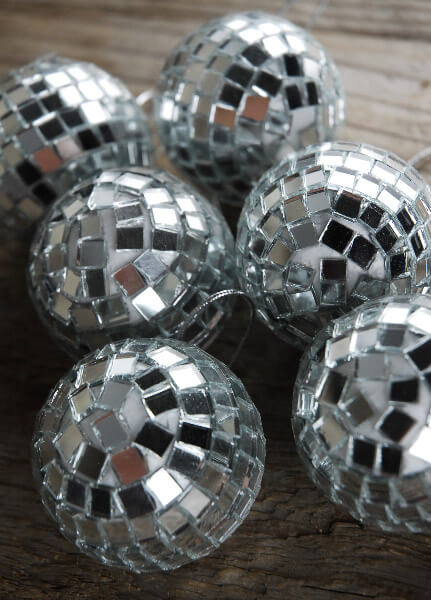 Mirror Ball Ornaments 2in 6 Balls 499