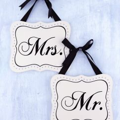 Mr And Mrs Chair Signs In Bedroom 7in