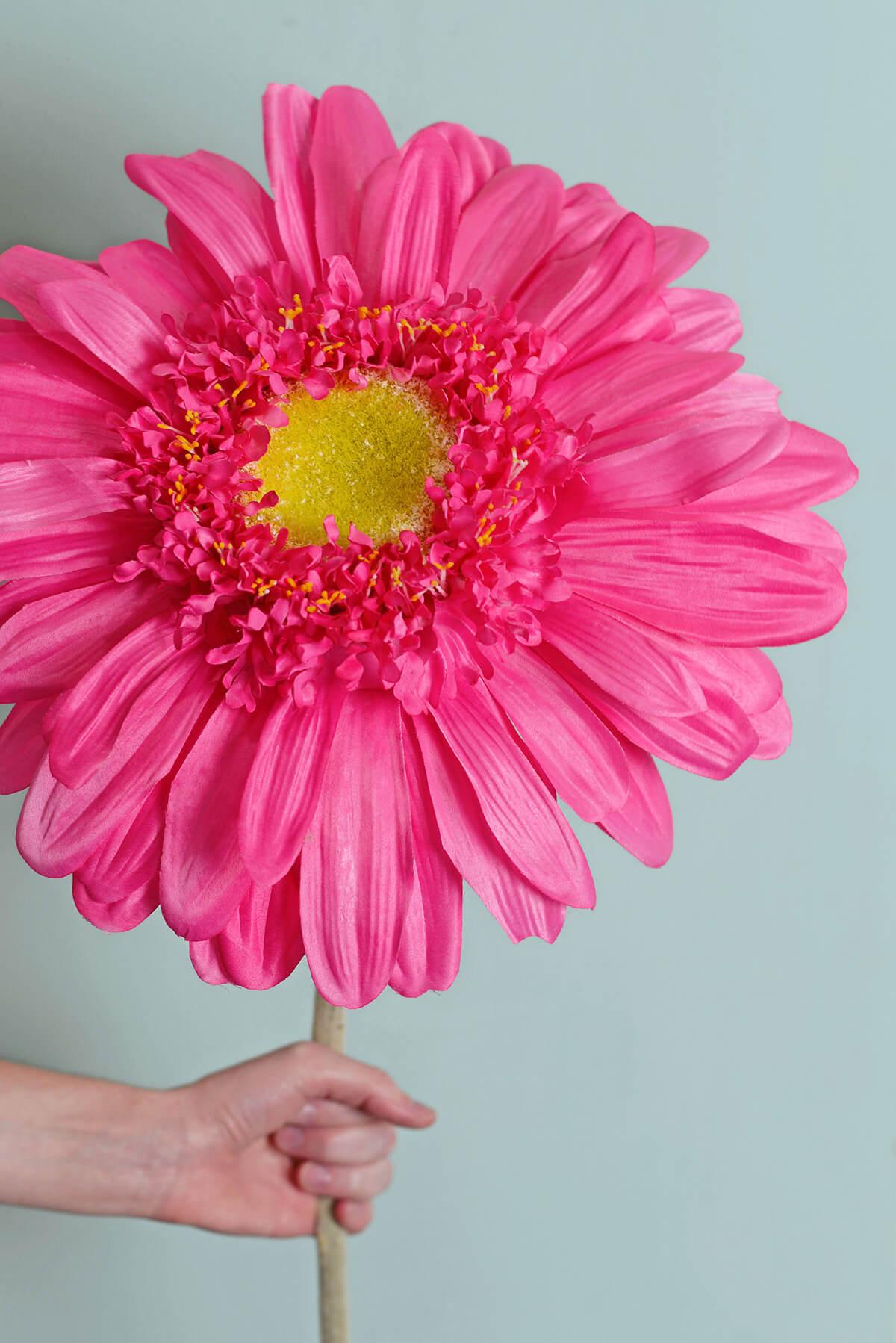 34 Silk Jumbo Ruffle Gerbera Daisy Flower Spray Cerise Pink