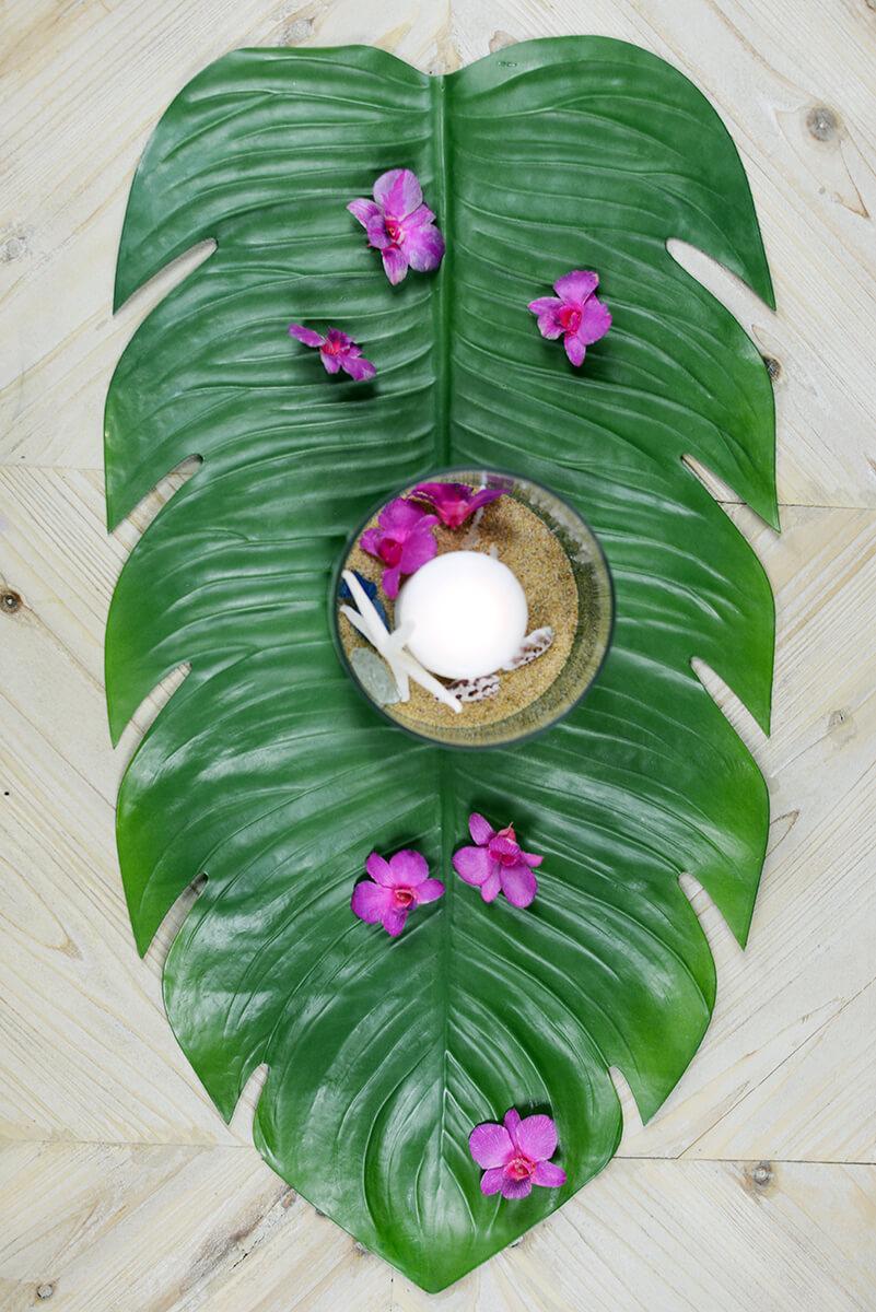 Monstera Leaf Tropical Table Runner 30