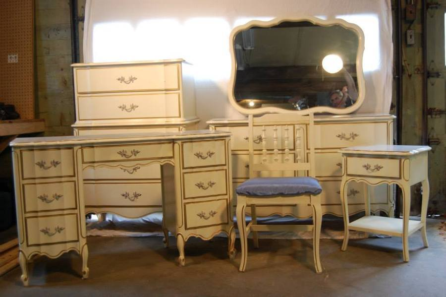 I Have A 6 Piece Henry Link Dixie Furniture Set All