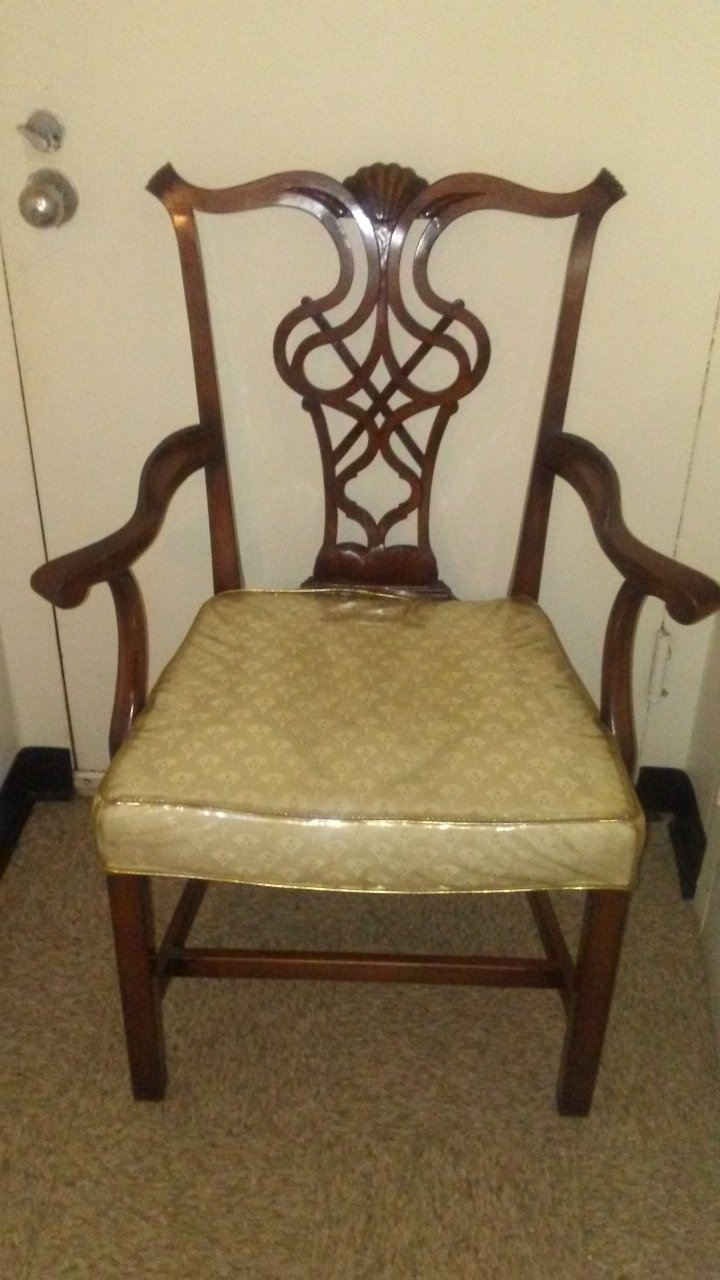 I Have 2 Chair Broyhill Made By Lenoir Chair Company
