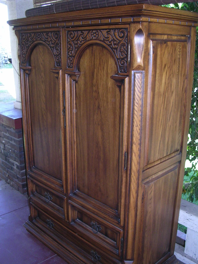 LINKTAYLOR ARMOIRe 5512  My Antique Furniture Collection