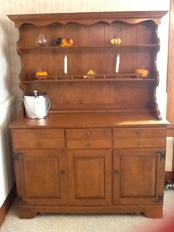 I Have A Complete Ethan Allen By Braumritter Maple Dining
