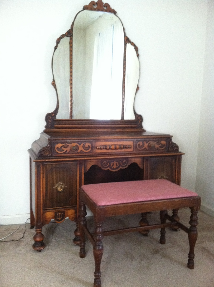 Statesville Dressing Table  My Antique Furniture Collection