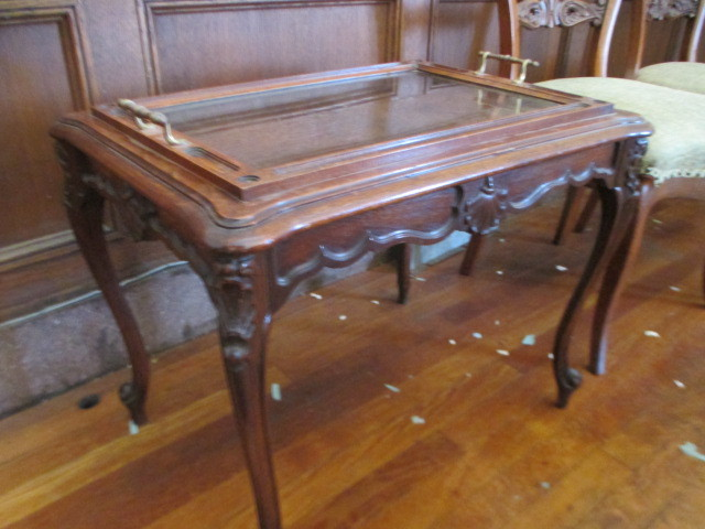 Chippendale Style Small Coffeetea Table With Butler Tray