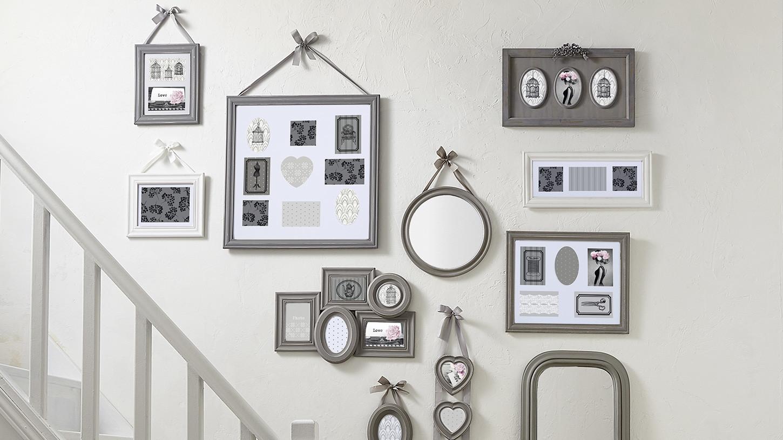 cadre photo rond en bois ecru et ruban blanc d21cm