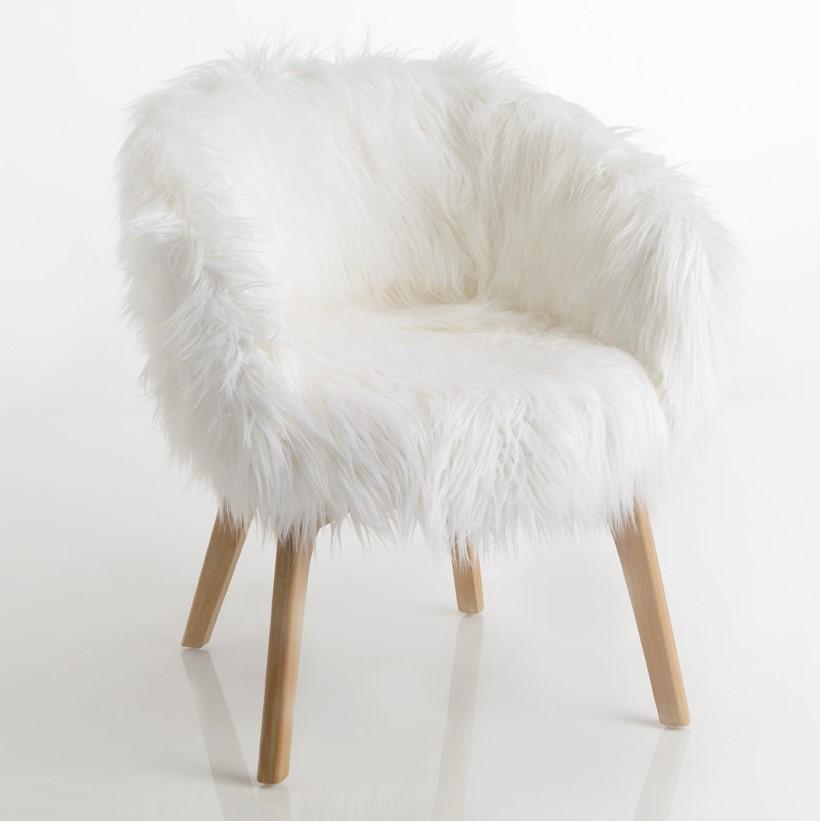 fauteuil fourrure blanche
